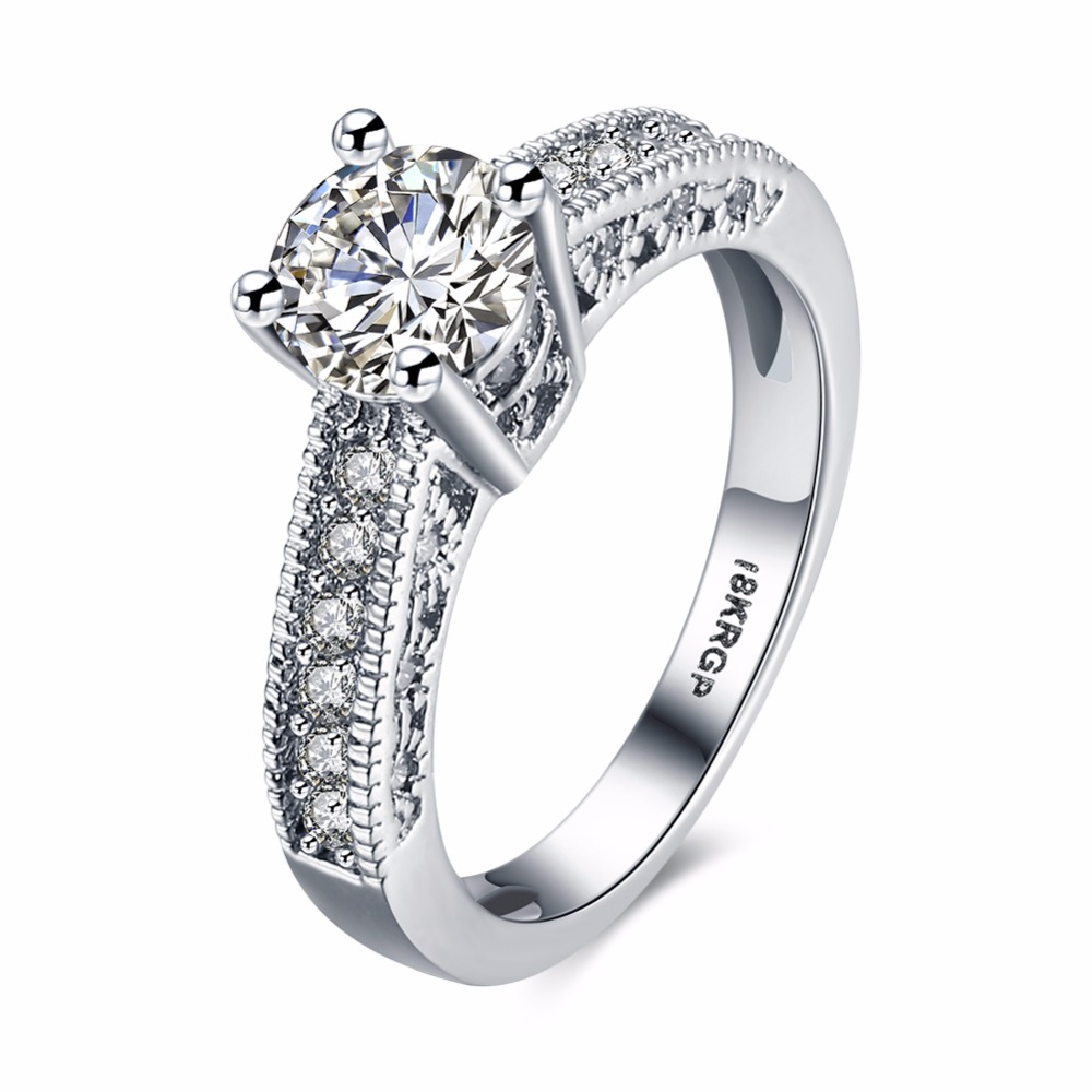 Classic Simple Design Sparkling Cubic Zirconia New Fashion Rings Rhinestone Wedding Engagement Rings Women Jewelry Rings