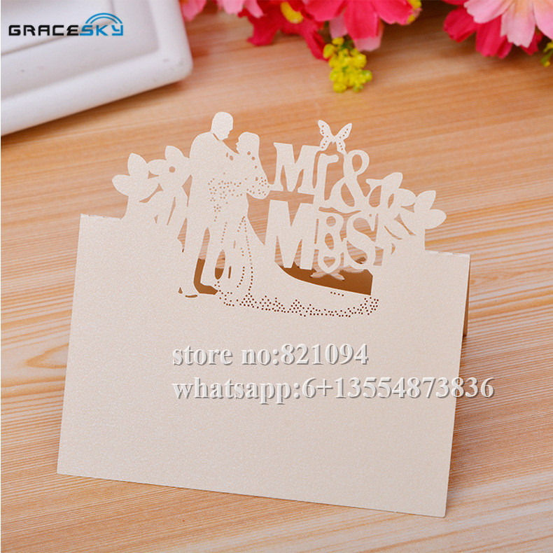 50pcs New Mr Mrs Husband and wife laser cut paper Name Place Wedding invitation Table Cards for Party home Decor.