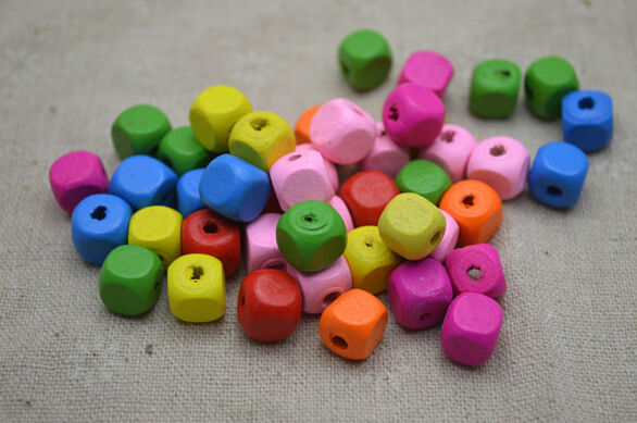 100pcs 10mm DIY jewelry accessories wooden beads mixed color DIY beaded material wood bead